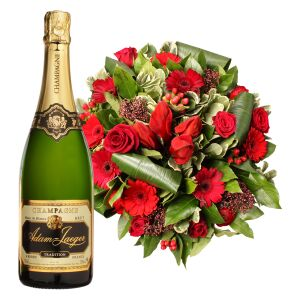 RED BOUQUET WITH A BOTTLE OF SPARKLES